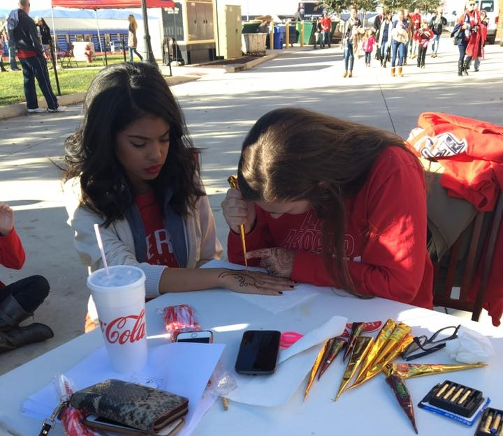 Henna Tattoos - Liberty University students got game day ready with a face paint and henna tattoo fundraiser!