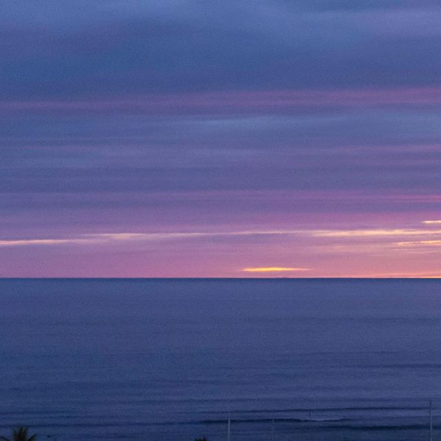 Since I'm in the spirit of posting panoramas, and the ocean view is absolutely phenomenal, I just couldn't resist posting this guy.  Scroll ➡️ to see more! __________________ #oceanview #panorama #cruiseship #sunset #purplesunset #nightlife #dusk #purple #purpledusk #nighttime #night #telephoto #nikond7200