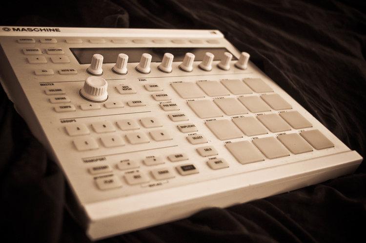 Native Instruments -