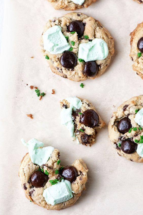 shamrock cookies.jpg