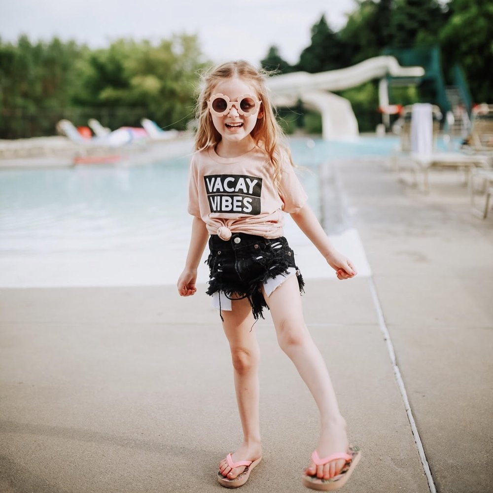 Water park hangs with @ashwisdom in our Vacay Vibes tee!