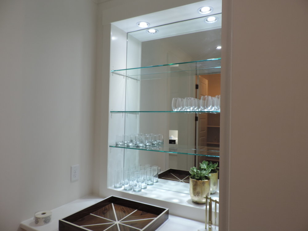 Custom-Glass-Shelves-Ideas.jpg