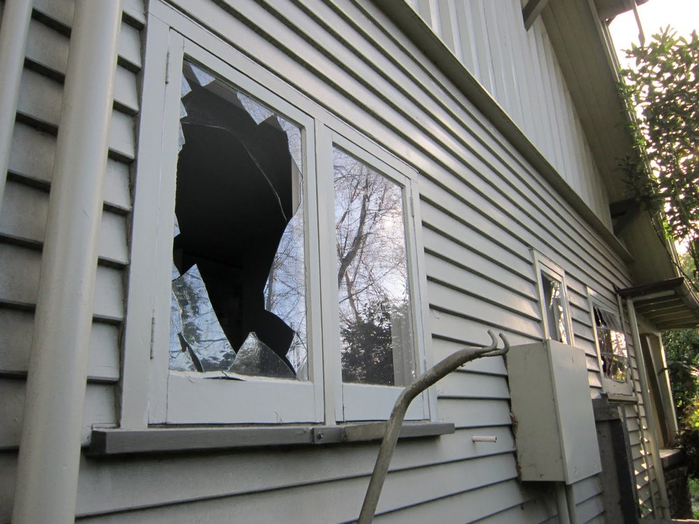 broken-window-2.jpg