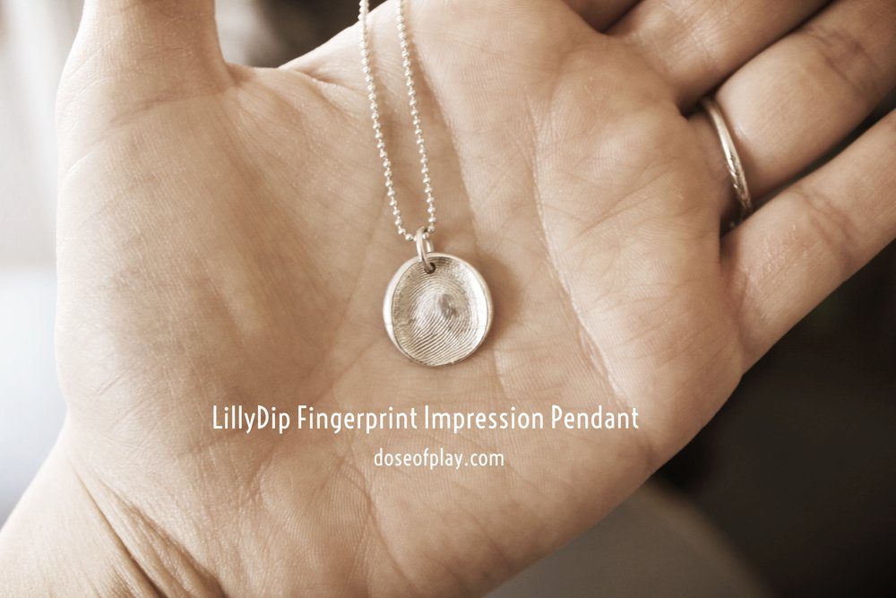 LillyDip Fingerprint Impression Pendant featured on doseofplay.com #doseofplay #lillydip #pendantnecklace #fingerprint #uniquegift #personalizedgift #keepsake #mementos #memorymaking #childlifespecialist #specialgifts #imprintonyourheart #fingerprintjewelry