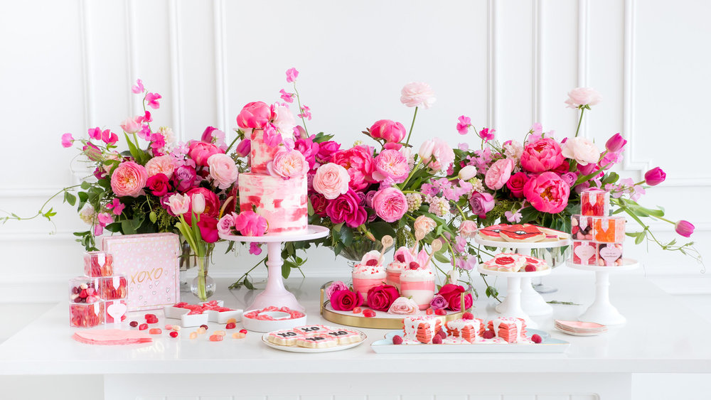 galentines-day-pink-brunch-5-0118_horiz.jpg
