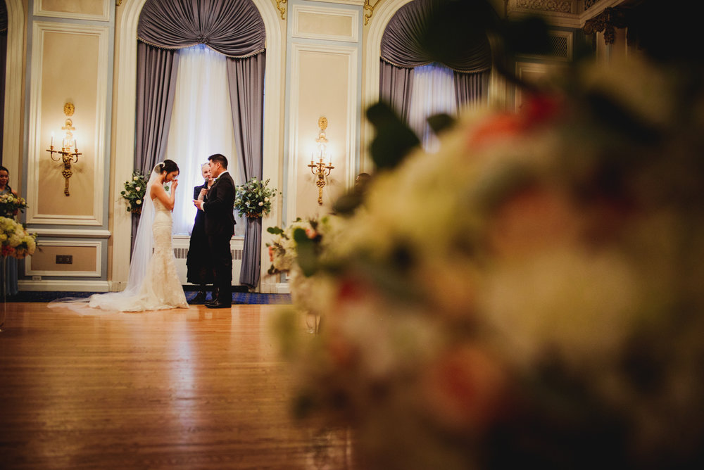 Calgary-Wedding-Photographer-Fairmont-Palliser-41.jpg