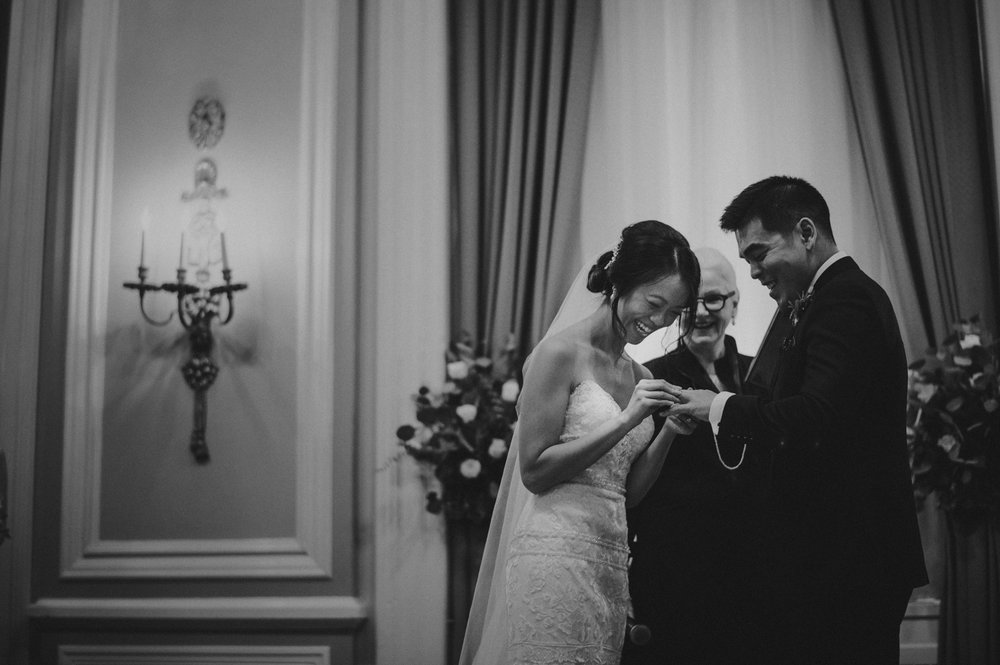 Calgary-Wedding-Photographer-Fairmont-Palliser-44.jpg