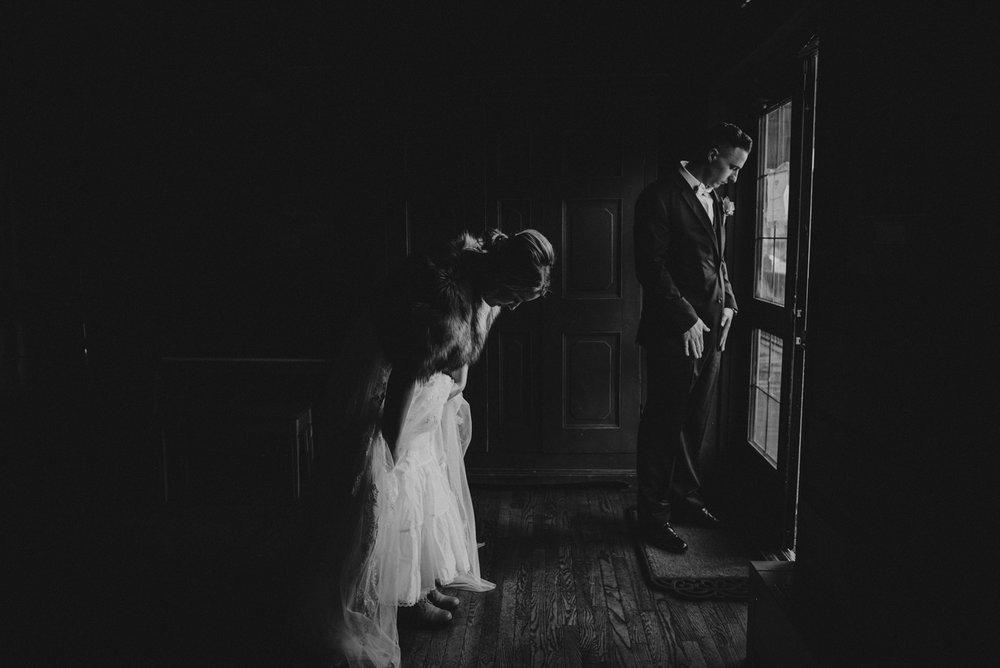 Mountain-Wedding-Photographer-Calgary-35.jpg