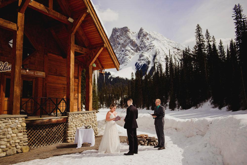 Mountain-Wedding-Photographer-Calgary-40.jpg