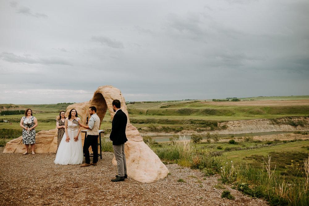 Calgary-Wedding-Photos-Saskatoon-Barn-35.jpg