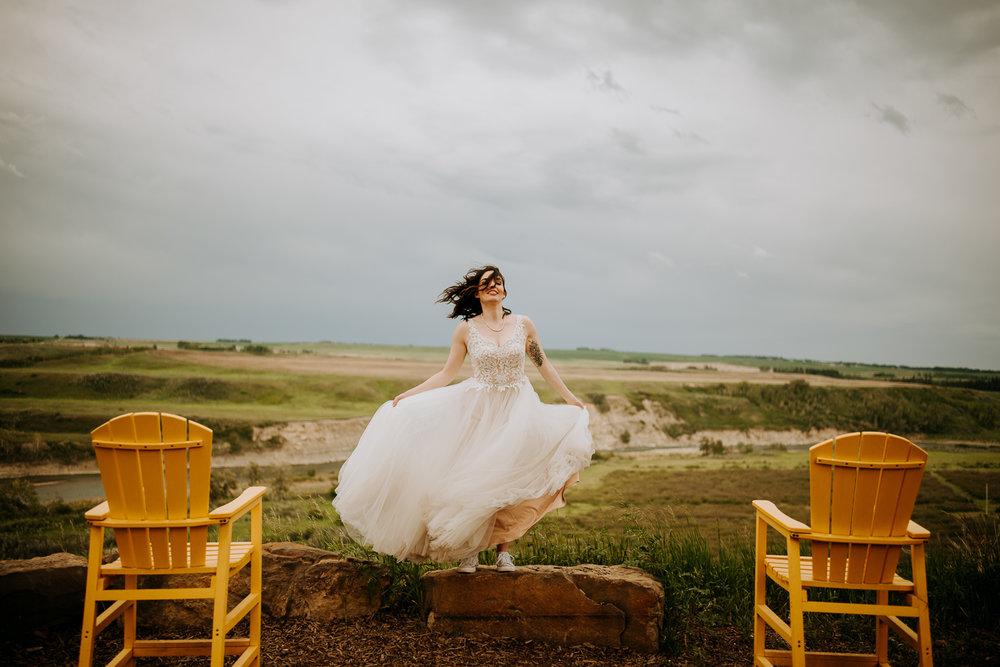 Calgary-Wedding-Photos-Saskatoon-Barn-39.jpg
