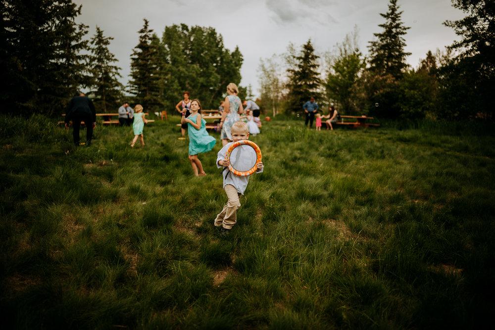 Calgary-Wedding-Photos-Saskatoon-Barn-41.jpg