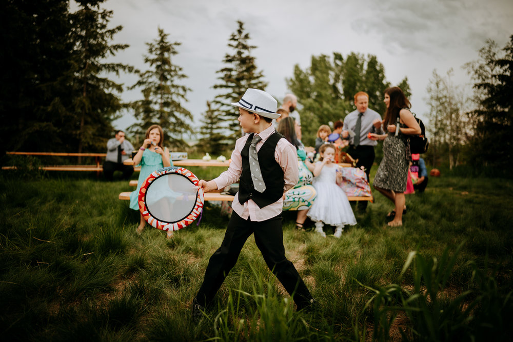 Calgary-Wedding-Photos-Saskatoon-Barn-45.jpg