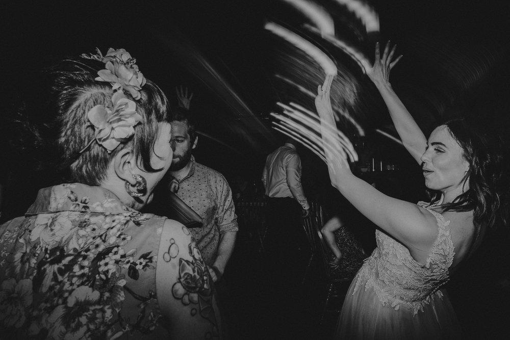 Calgary-Wedding-Photos-Saskatoon-Barn-68.jpg