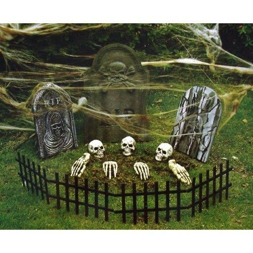 Halloween decorations, skeletons, Halloween skeletons, Halloween graveyard, DIY graveyard, tombstones, Halloween tombstones, Halloween yard decorations