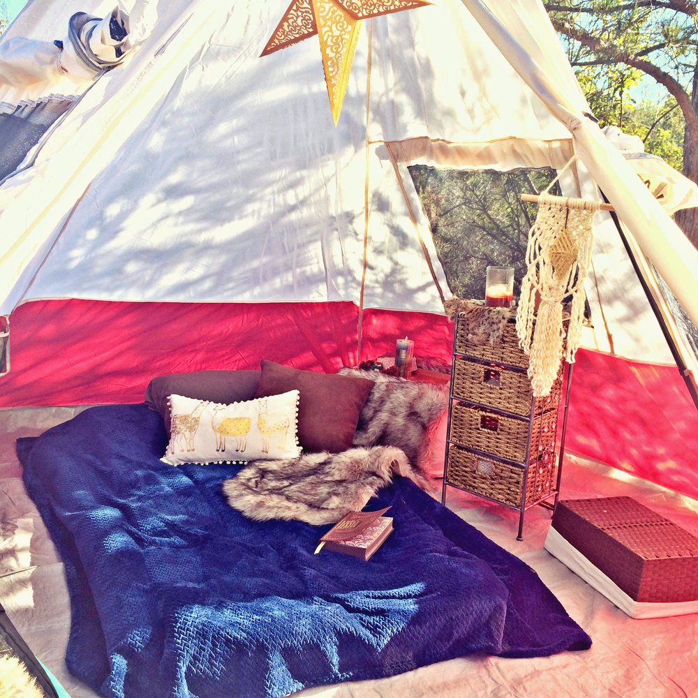 best tents, camping gear, how to glamp, glamping gear, camping decor, glampsites, campsites, tent decor, how to decorate a tent, best air mattress, teepee tents