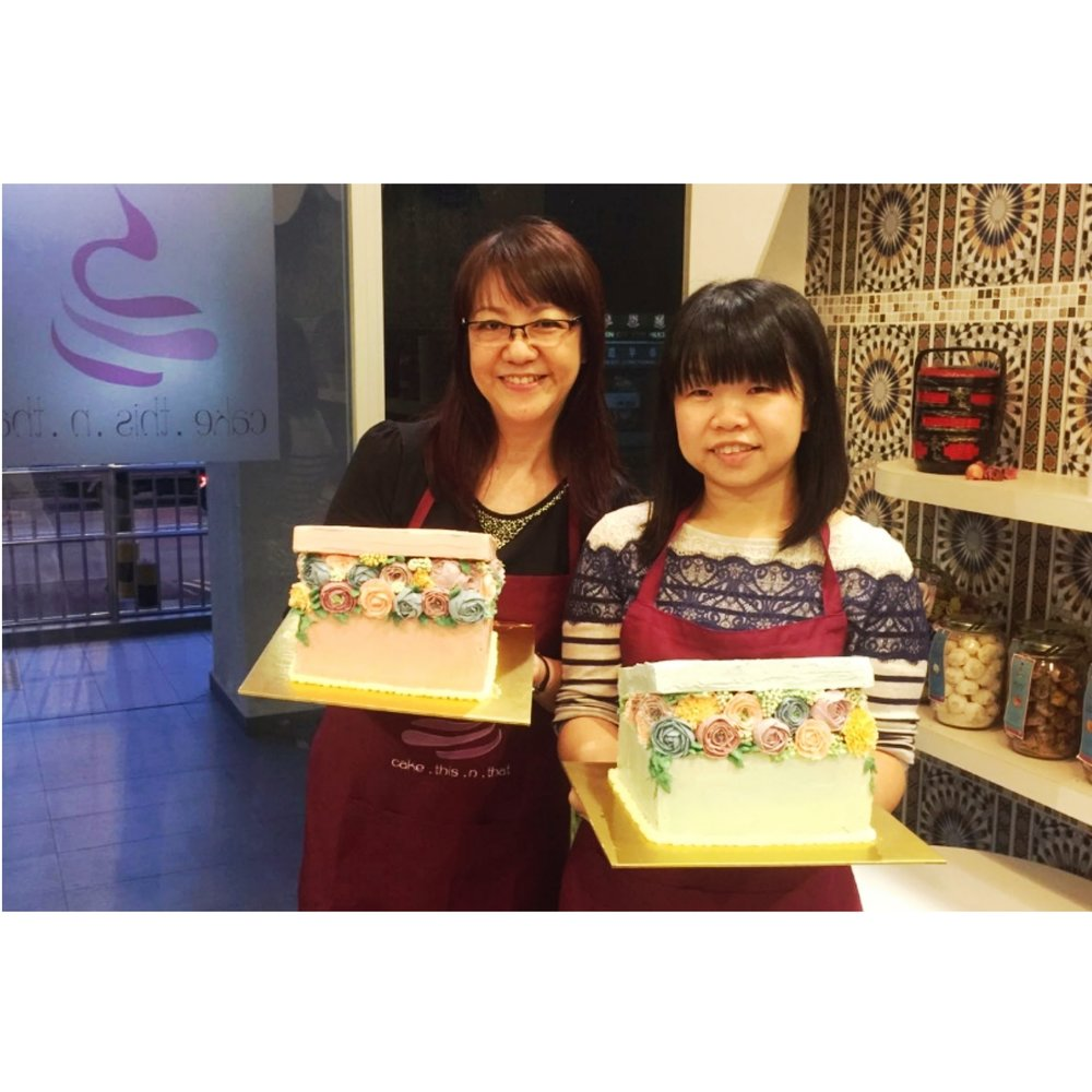 Singapore baking class that can be attended by mother and child.
