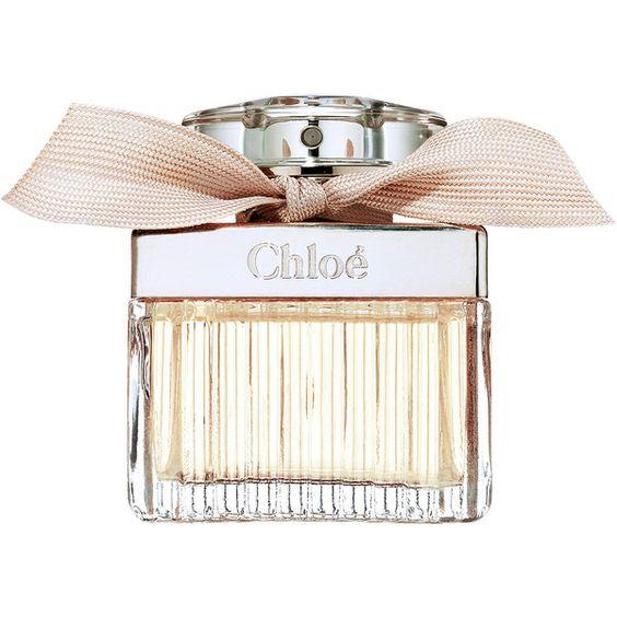 6. Chloé Signature Eau De Parfum - น้ำหอมที่มีความหอมเป็นเอกลักษณ์โดดเด่นของ Chloé มีกลิ่นหอมสดชื่น ไม่หวานเลี่ยนจนเกินไป ให้สไตล์แบบฉบับสาวมั่น มีเสน่ห์โดนใจหนุ่ม ๆ เข้าเต็ม ๆ ราคาอยู่ที่ประมาณ 2,200- 2,700 บาท แล้วแต่ขนาด