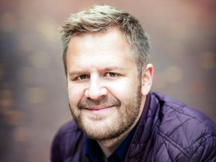 Even Tangen Heggernes - Han har svært god kunnskap om og erfaring innen delingsøkonomi. Har etablert Airbnb i Norden og bygget opp Airbnb i Storbritannia før han ble leder av Nabobil.no i 2015.