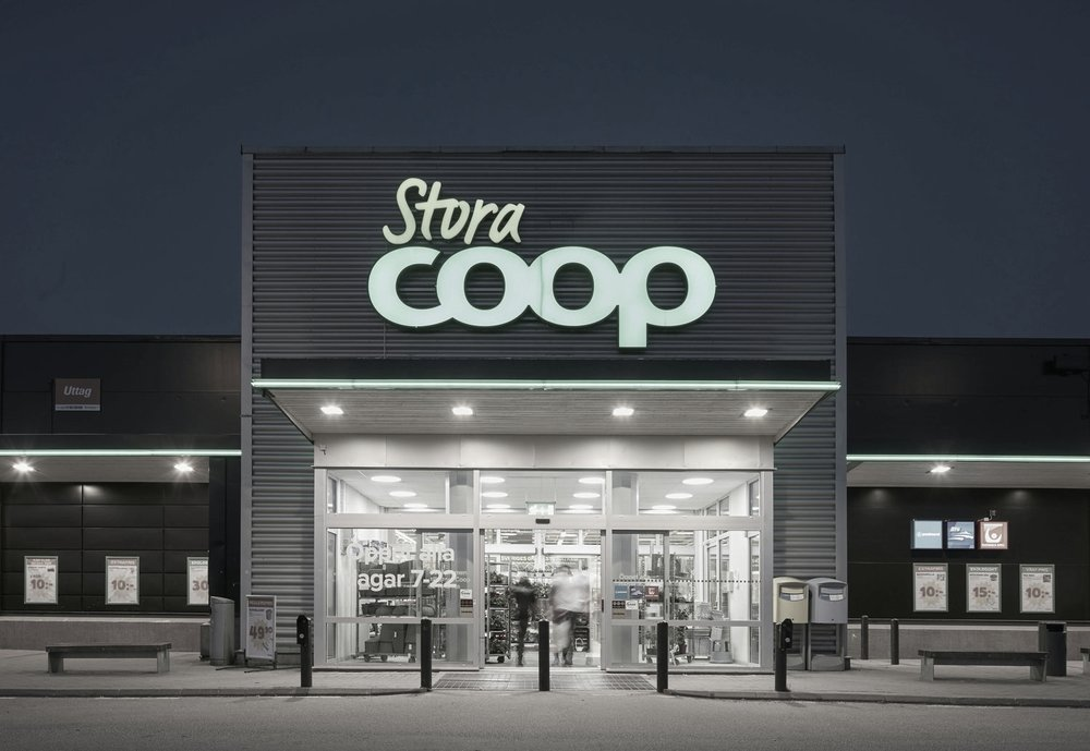 Coop  ➞ Holds 20% market share of the Swedish grocery retail market, cooperative with strong sustainability agenda. Stores range from small formats in city locations, rural supermarkets and nationwide coverage of hypermarkets. 650 stores, owned by 3.5 million members, $3.5Bn turn over 2017.