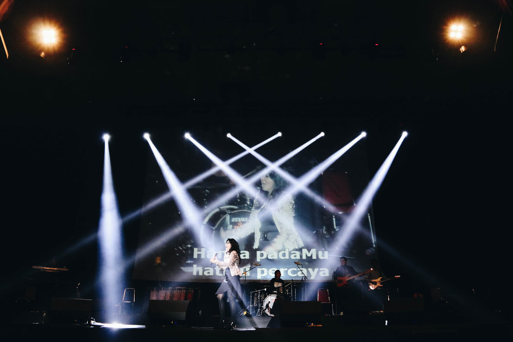 Sari Bandung stage.jpg