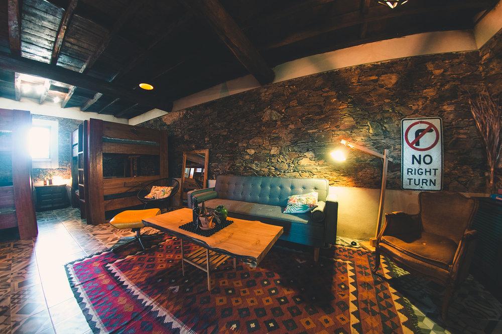 bunk_lounge_72.jpg