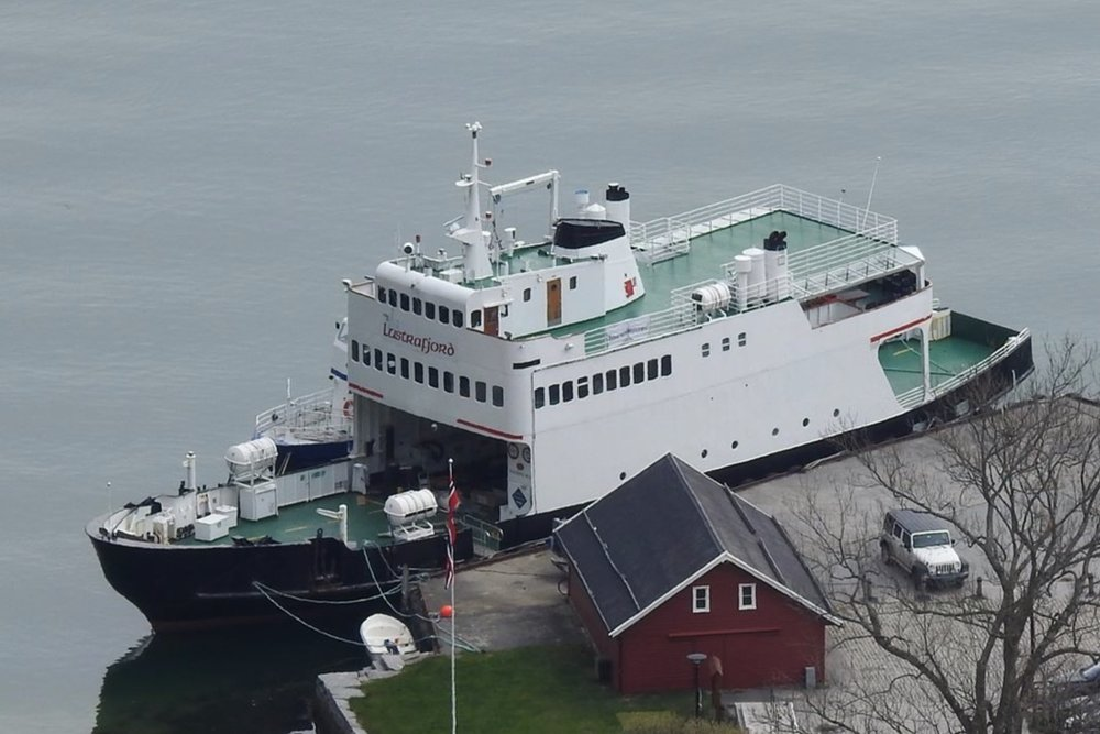 MF Lustrafjord - 244 pax / 21 carsSpacious sun deck, large sheltered deck, lounge with cafeteria above car deck, lounge beneath car deckAvailable 16.oktober-31.mars