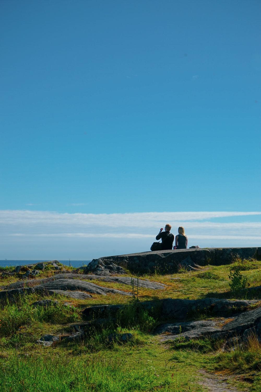 能夠在藍天與陽光的陪伴下,欣賞海天一色,感受大自然的靜謐與喧囂,是何等幸運。