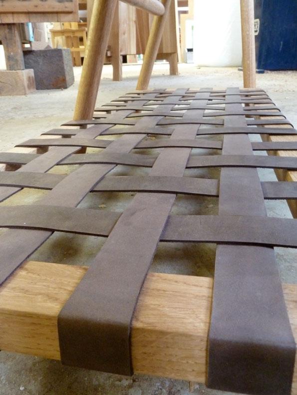 Oak Boot Bench w Leather rack_rack detail
