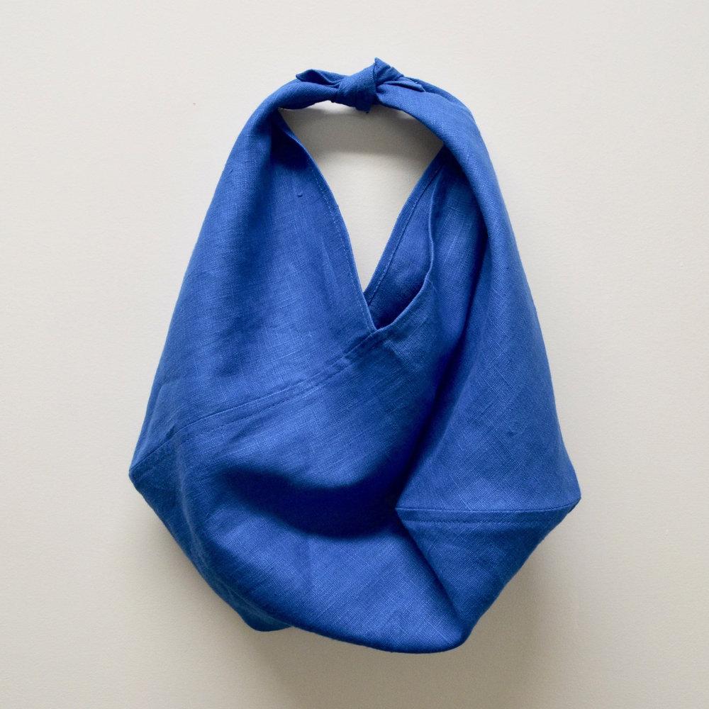 - SMALL LINEN BAG IN CORNFLOWER