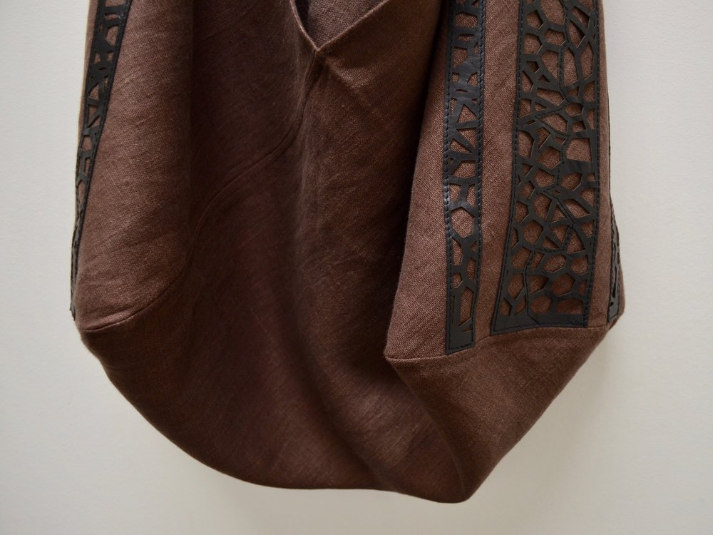 - LARGE OOAK CHOCOLATE LINEN AND LEATHER LACE APPLIQUE BAG