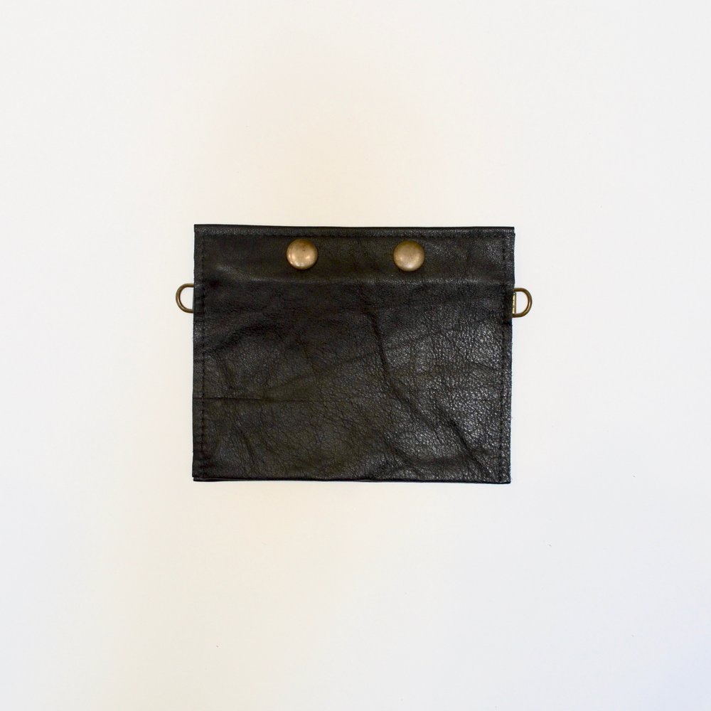 - SMALL 3 POCKET POUCH