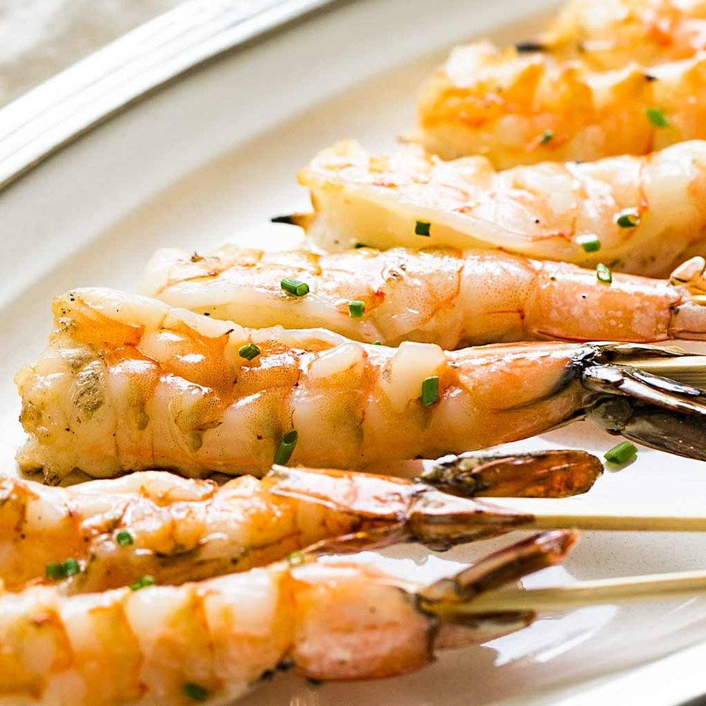 grilled-shrimp-garlic-skewers-horiz-a-1600-1.jpg