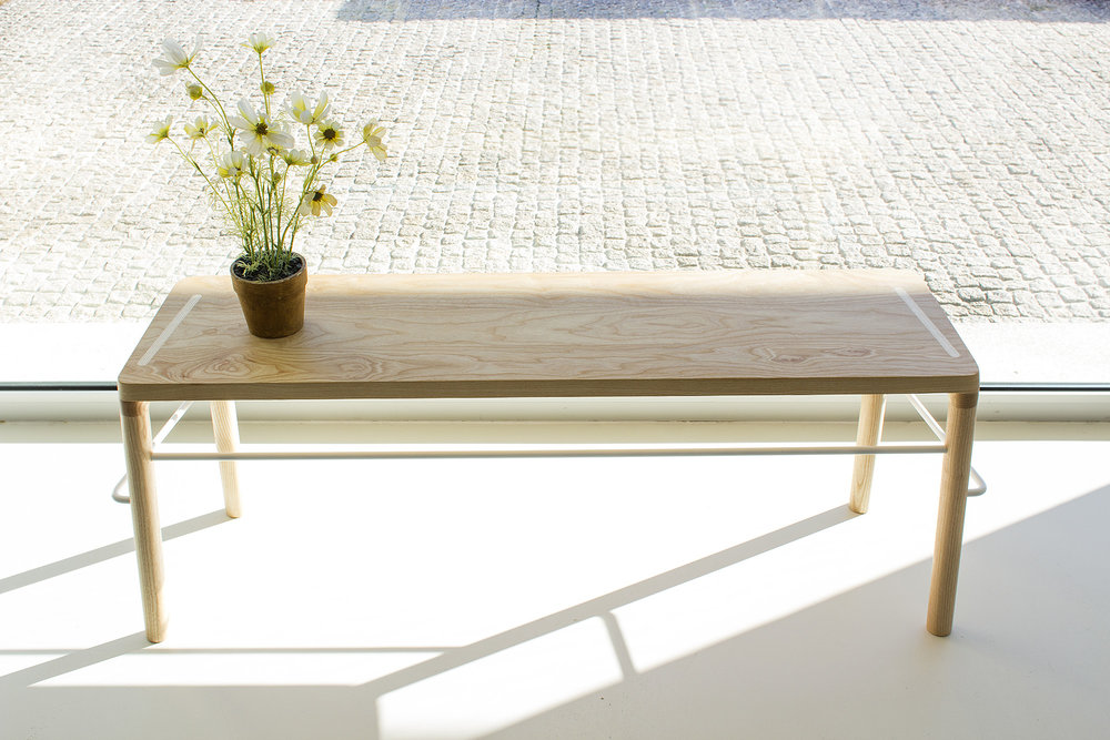low-Galula-taberna-bench-amb-ash-white-1.jpg
