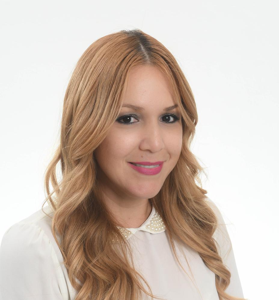 Tania Aponte  Business Development & Sales