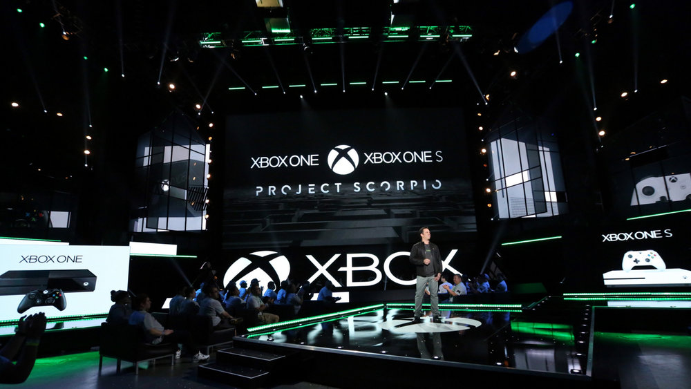 Xbox E3 (0-00-02-01).jpg