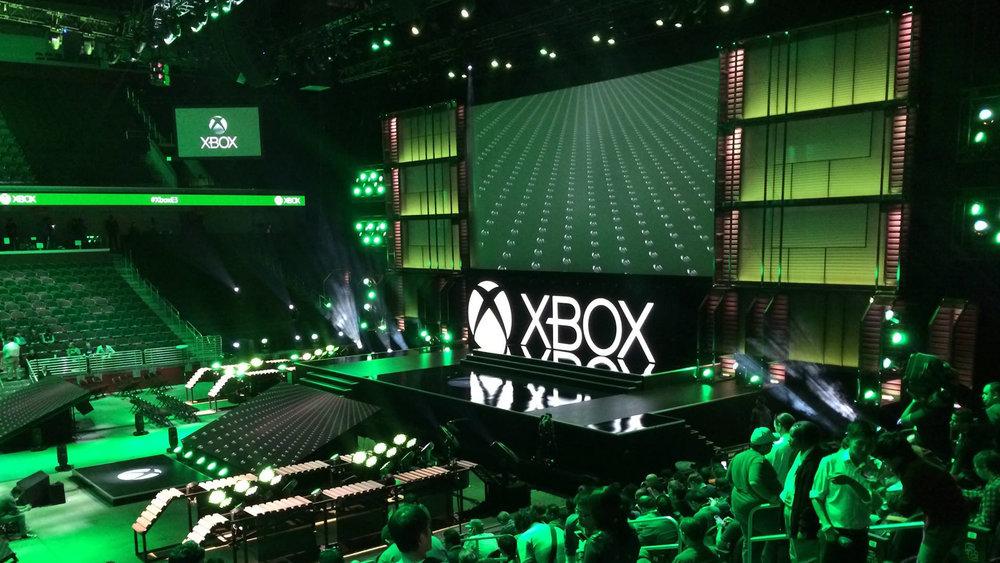 Xbox E3 (0-00-40-06).jpg