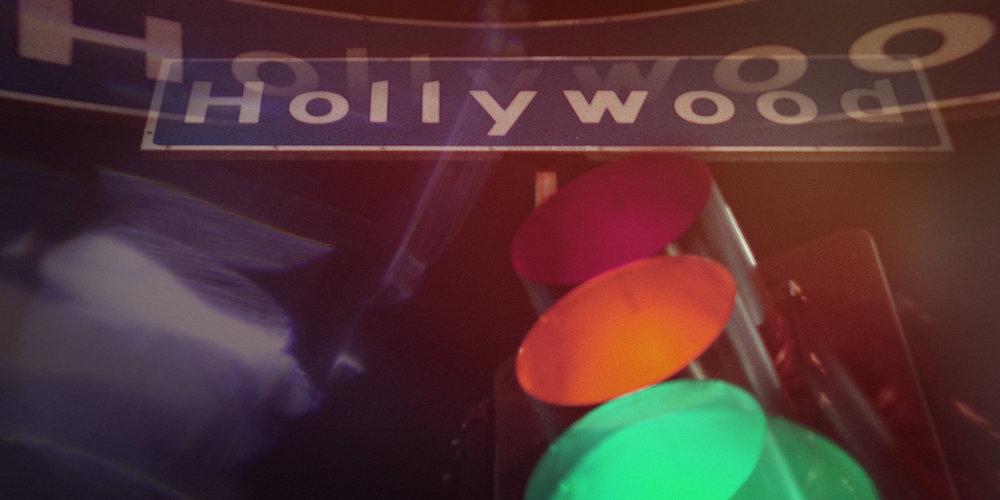 Gorillaz_HollyWood_Delivery (0-00-17-09).jpg