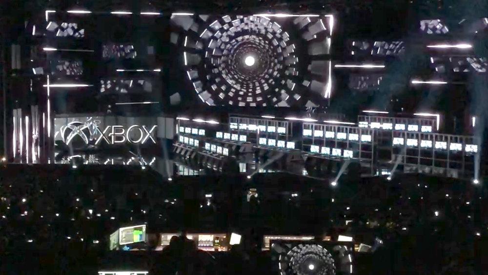 XBox e318 - Stage Design & Broadcast
