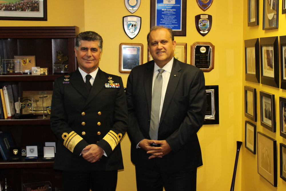 Vice Admiral Tsounis and AHI President, Nick Larigakis meet prior to the presentation.