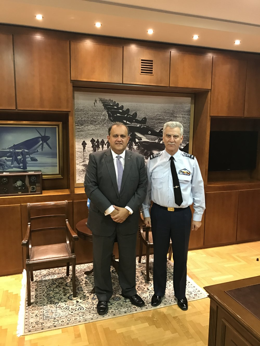 Lieutenant General Christos Christodoulou, Chief of the Hellenic Air Force General Staff hosts Nick Larigakis for a meeting at the Ministry of Defense.