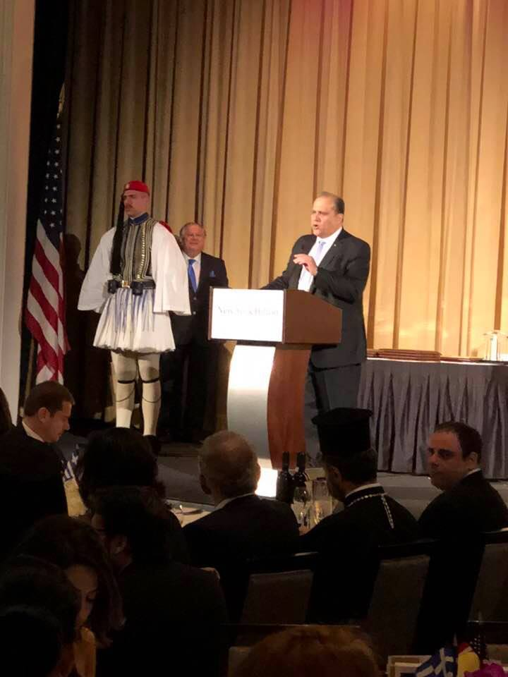 Nick Larigakis provides greetings to the New York Greek Independence Day gala dinner guests.