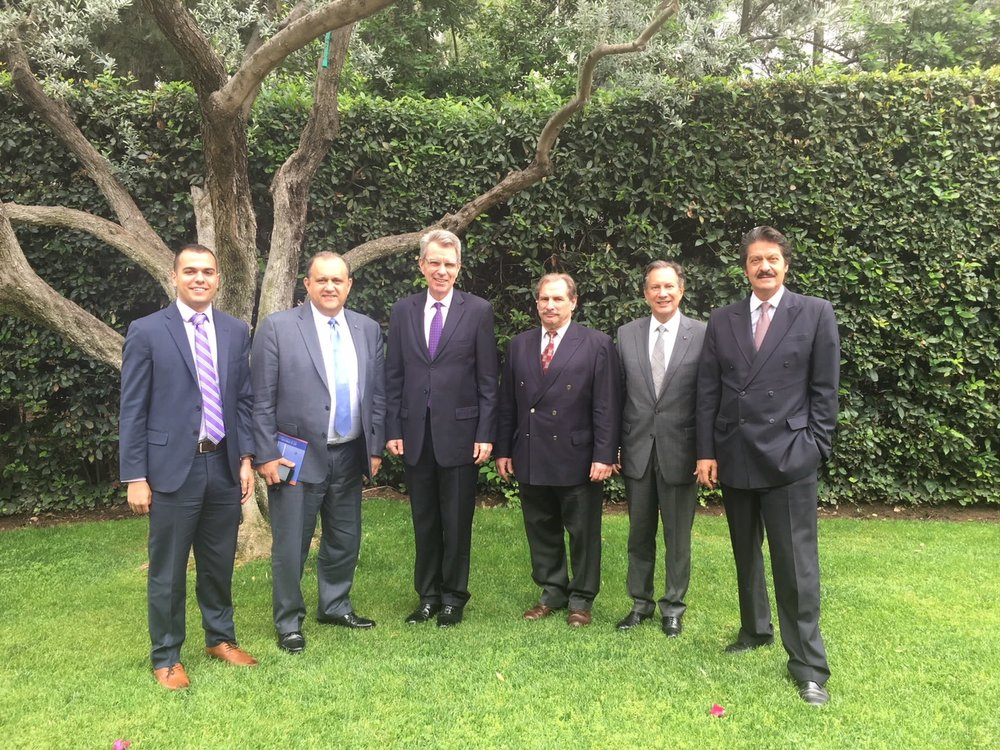 AHI Delegation with U.S. Ambassador Geoffrey Pyatt at the Ambassador's residence.