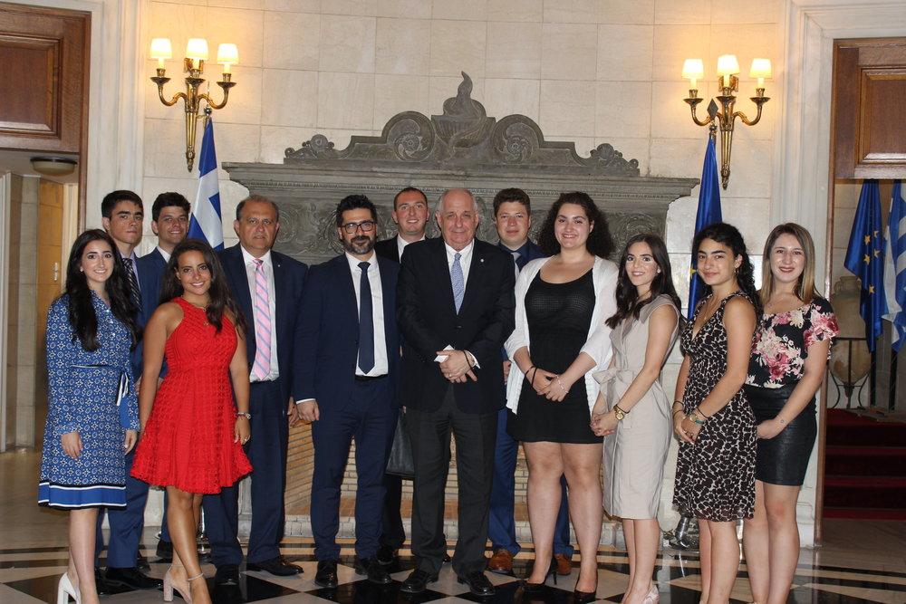 Students with Deputy Foreign Minister Terens Quick and Mr. Vangelis Kalpadakis, head of the diplomatic office of Prime Minister Alexis Tsipras at the Prime Minister's Mansion.
