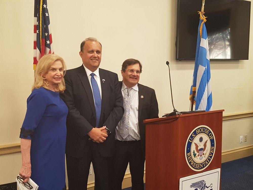 (L-R) Rep. Caroline Maloney (D-NY), AHI President Larigakis, & Rep. Gus Bilirakis (R-FL)