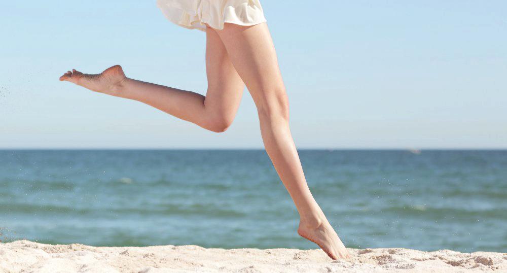 femme-court-plage1(1).jpg