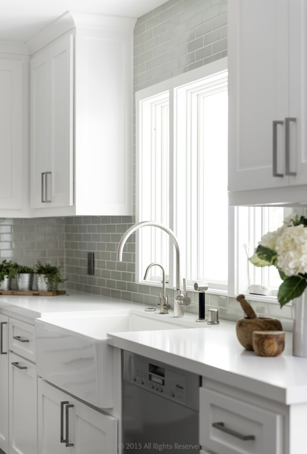 A beautiful white Calabasas, CA kitchen designed by LA based, Four Point Design Build.