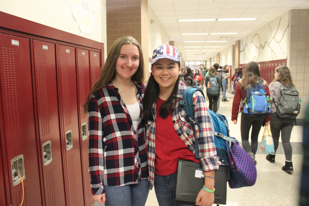 Klaudia Joblonska and Audrey McManus wear their flannels with pride.