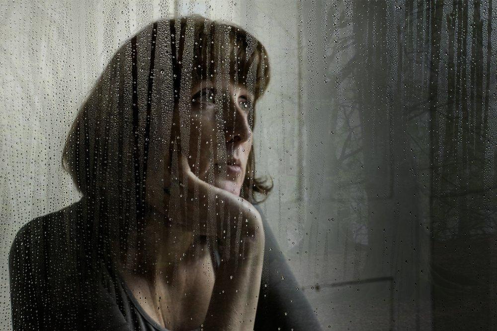 Laura Rain 2.jpg