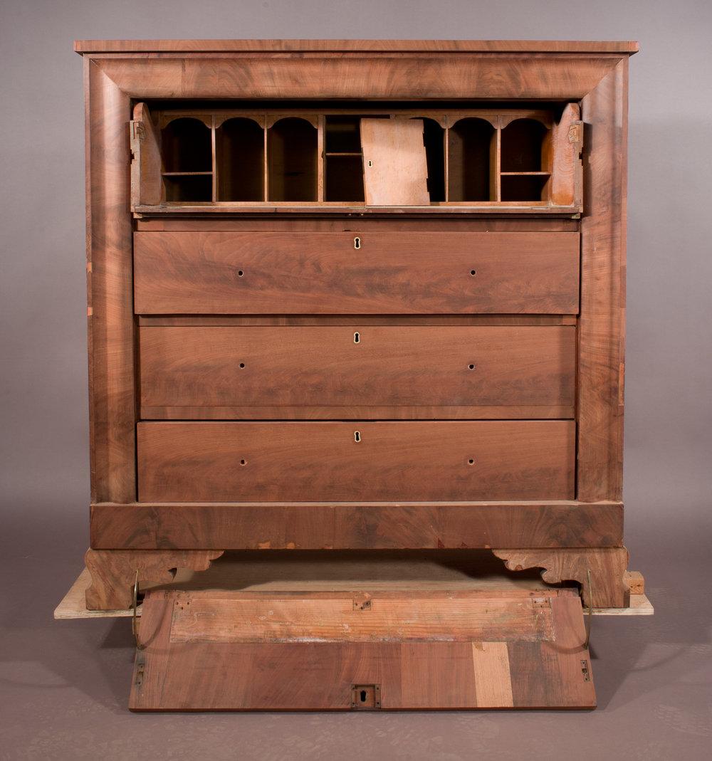 AL-DeskandBookcase-02-Before